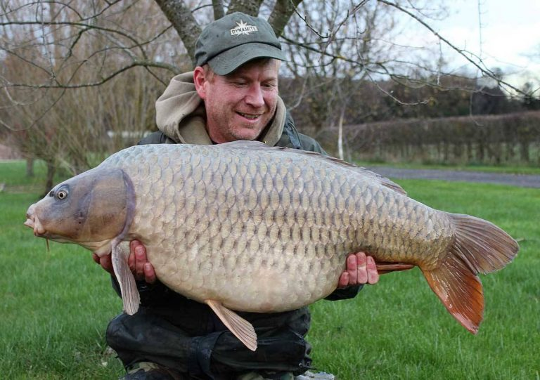 DECEMBER 2015 - Phil Kingsbury 39 lb 10 oz Ghost